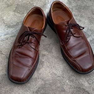 Josef Seibel lace up leather oxfords